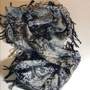 Cejon Paisley Infinity scarf